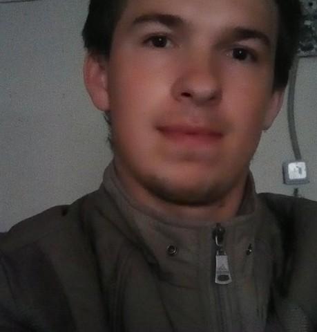 Парни в Алексине: Stepa, 22 - ищет девушку из Алексина