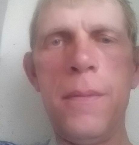 Парни в Магадане: Александр, 45 - ищет девушку из Магадана