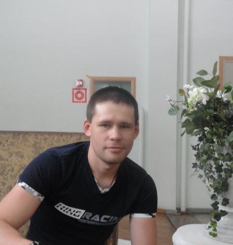 Парни в Твери: Руслан, 35 - ищет девушку из Твери