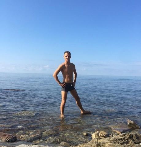 Парни в Краснодаре (Краснодарский край): Andrei, 26 - ищет девушку из Краснодара (Краснодарский край)