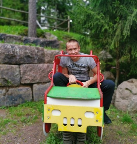 Парни в Гдове: Игорь, 26 - ищет девушку из Гдова