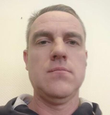 Парни в Пскове: Сергей, 45 - ищет девушку из Пскова