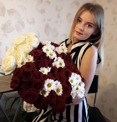 Девушки в Абинске: Анастасия, 27 - ищет парня из Абинска