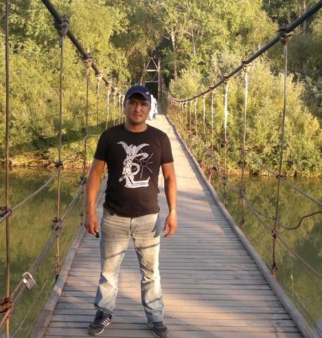 Парни в г. Грозный (Чечня): Закир, 39 - ищет девушку из г. Грозный (Чечня)