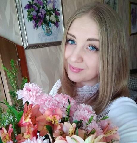 Девушки в Кемерово: Ксения, 31 - ищет парня из Кемерово