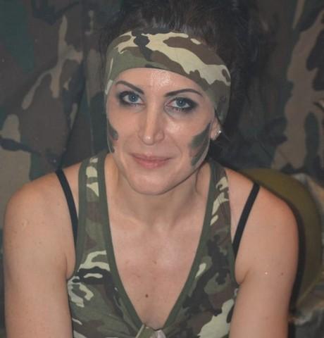 Девушки в Елизово: Елена, 44 - ищет парня из Елизово
