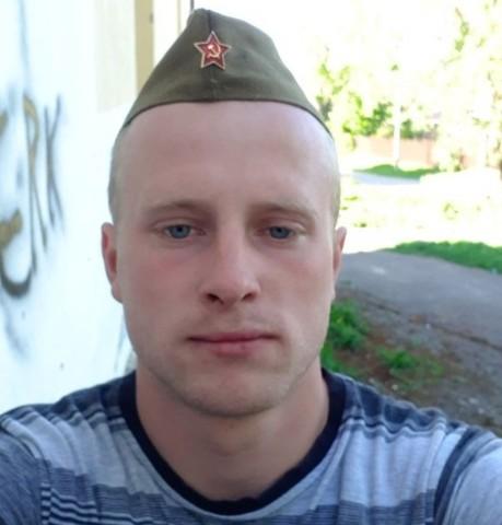 Парни в Гагарине: Вадим, 22 - ищет девушку из Гагарина