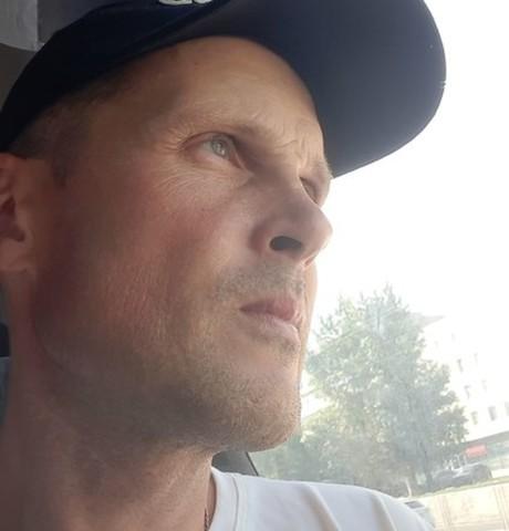 Парни в Алейске: Дмитрий Емельянов, 42 - ищет девушку из Алейска
