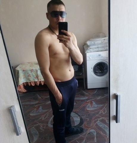 Парни в Новокузнецке: Георгий, 26 - ищет девушку из Новокузнецка