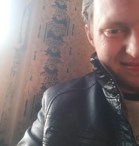 Парни в Нягани: Виталий, 25 - ищет девушку из Нягани