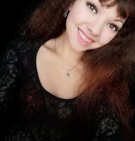 Девушки в Новосибирске: Ирина, 22 - ищет парня из Новосибирска