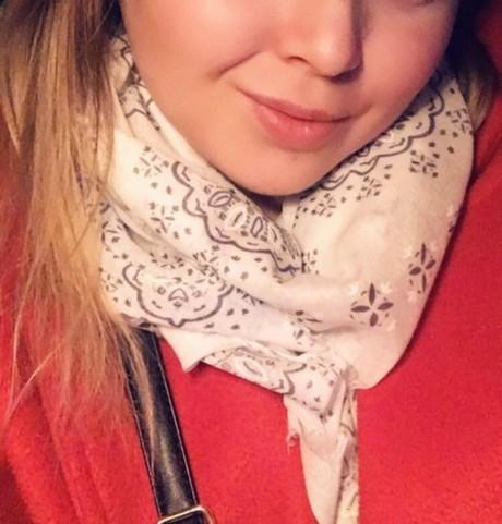 Девушки в Мирный (Саха (Якутия)): Дарья, 23 - ищет парня из Мирный (Саха (Якутия))