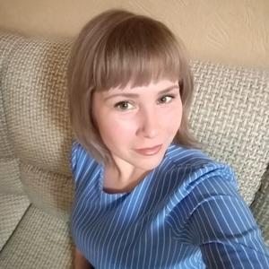 Оксана, 34 года, Александровск