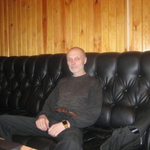 Вадим, 63 года, Псков