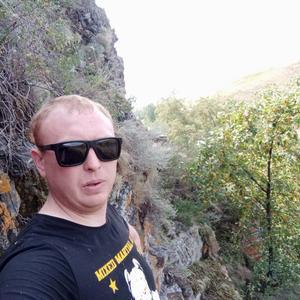 Виктор, 30 лет, Южноуральск