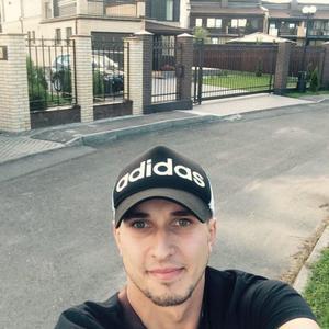 Антон, 29 лет, Кириши