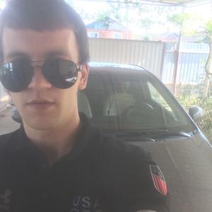Олег, 25 лет, Армавир