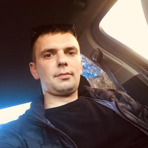 Олег, 28 лет, Мирный