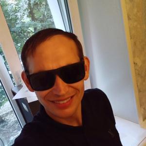 Ruslan, 32 года, Новочебоксарск