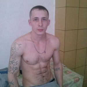 Максим, 28 лет, Ижевск