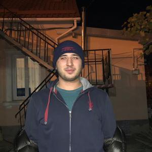Руслан, 29 лет, Алушта