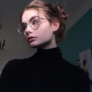 Вика, 23 года, Санкт-Петербург