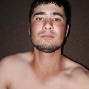 Мустафо, 24 года, Радужный