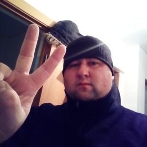 Бузиков, 33 года, Свободный