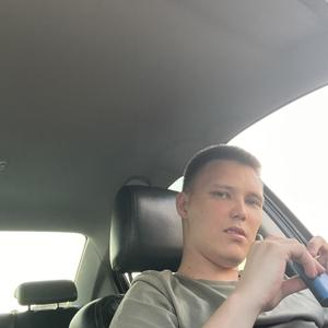 Арсений, 24 года, Казань