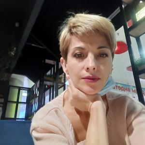 Елена, 45 лет, Сертолово