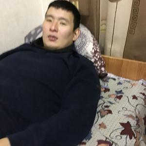 Олег, 30 лет, Элиста