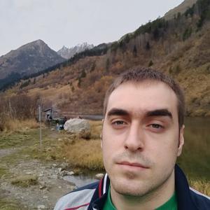 Виктор, 25 лет, Буденновск