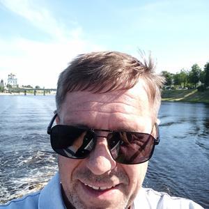 Олег, 43 года, Великие Луки