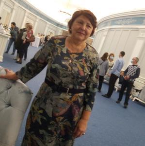 Светлана, 66 лет, Новосибирск