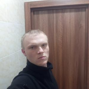 Макс, 21 год, Уренгой