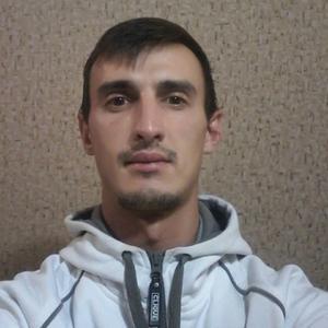 Деніс, 31 год, Украина