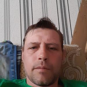 Дмитрий, 43 года, Выползово