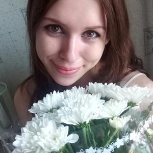 Эльвира, 30 лет, Сланцы