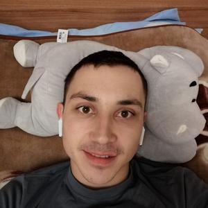 Евгений, 28 лет, Озеры