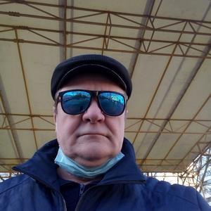 Александр, 66 лет, Санкт-Петербург