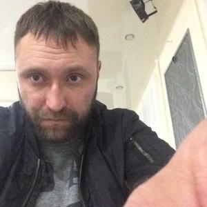 Александр, 37 лет, Сургут