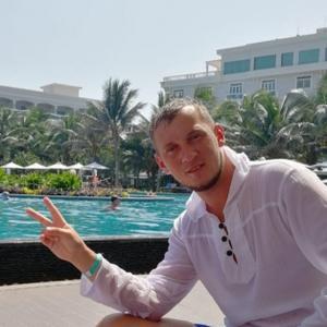 Дмитрий, 37 лет, Железногорск