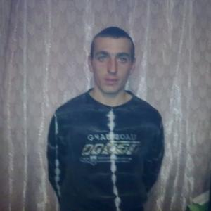 Вася Попов, 33 года, Артем