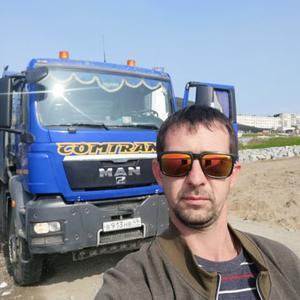 Данил, 36 лет, Магадан