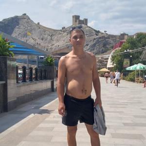 Денис, 37 лет, Белогорск