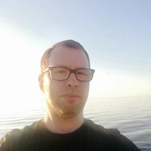 Виталий, 38 лет, Печоры