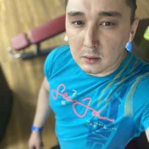 Edvard, 26 лет, Излучинск