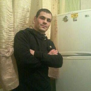 Леонид, 33 года, Магадан