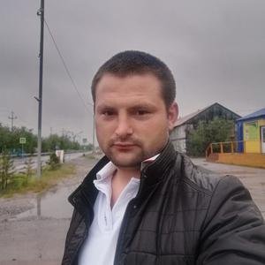 Сергей, 32 года, Новый Уренгой