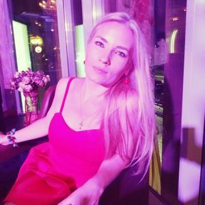 Юлия, 38 лет, Елабуга
